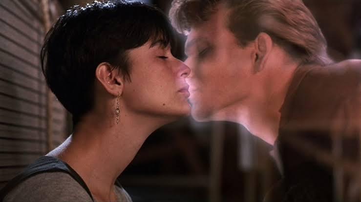 Demi Moore e Patrick Swayze em 'Ghost - Do Outro Lado da Vida'.