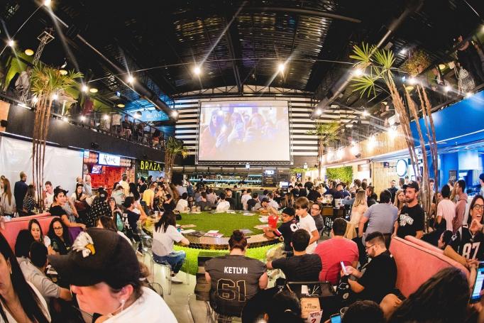 FRESH Live Market é um dos espaços que realizam a transmissão do final da Copa.
