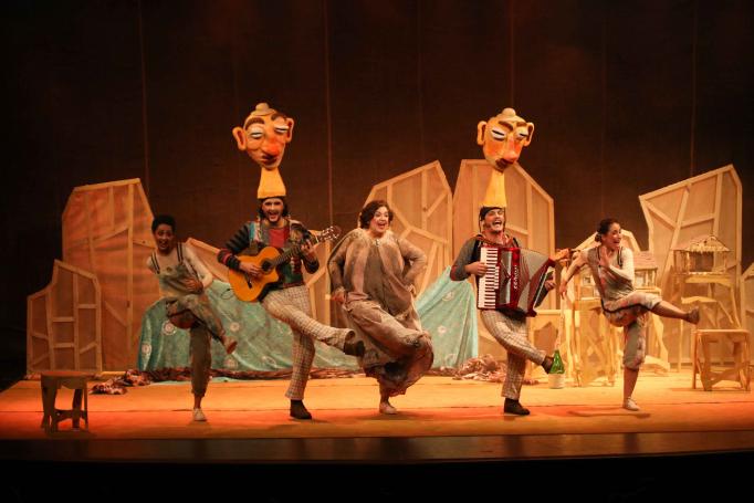 'Espetáculo Um Golinho Só' é uma das peças apresentadas no Festin