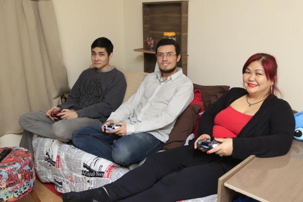 A família gamer de Fernanda Naomi: conectados
