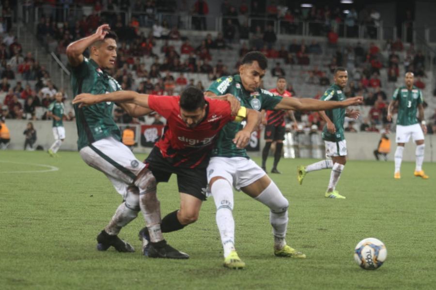 Athletico x Coritiba, final da Taça Dirceu Krüger