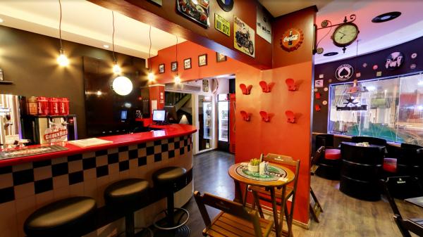 Rider's Pub.