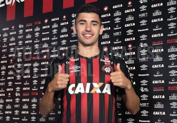 """""""Bill: artilheiro da terceira divis\u00e3o do Campeonato Paulista"""""""