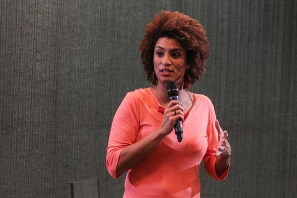 Marielle Franco, vereadora do PSOL na C\u00e2mara do Rio de Janeiro, foi assassinada na noite de 14 de mar\u00e7o