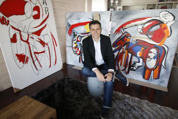 d6b1cdbed0761 Artista plástico presenteia Curitiba com painel gigante - Bem Paraná