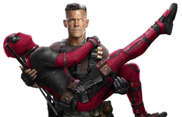 """""""Deadpool (Ryan Reynolds) faz gra\u00e7a no colo de Cable (Josh Brolin): \u201cirm\u00e3os\u201d opostos"""""""