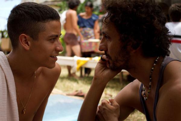 Jesu\u00edta Barbosa e Irandhir Santos, em cena do filme 'Tatuagem'.