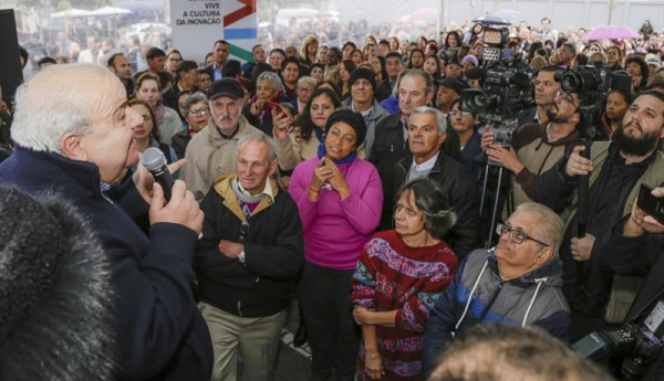 Moradores da Cidade Industrial comemoram a reabertura da UPA CIC fb9ffa9e5fbed
