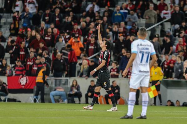 """""""Pablo: um gol e quatro passes para finaliza\u00e7\u00f5es"""""""