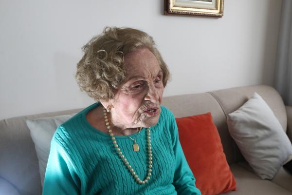 """""""Dona Elvira: 104 anos de luta pelos direitos das mulheres"""""""
