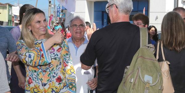 """""""Cida Borghetti:  tesoureiro do partido, deputado federal Ricardo Barros, \u00e9 marido de governadora e disse que prioridade \u00e9 para candidatos \u00e0 reelei\u00e7\u00e3o"""""""