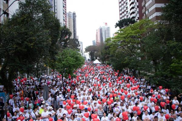 Caminhada do Cora\u00e7\u00e3o em Curitiba