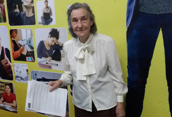 Layla Salmen Vale, 86 anos