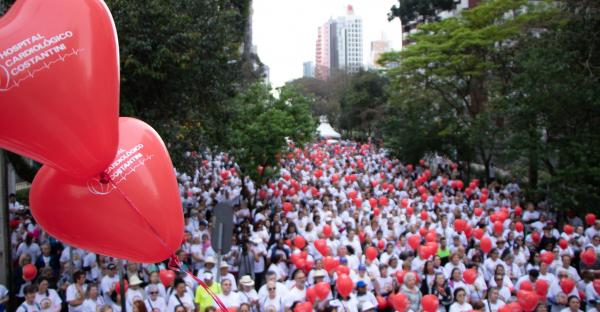 Caminhada do Cora\u00e7\u00e3o chegou \u00e0 sua 14\u00aa edi\u00e7\u00e3o em Curitiba