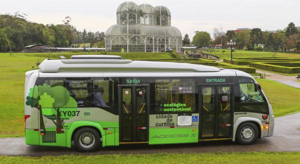 Curitiba está testando ônibus 100% elétrico de poluição zero