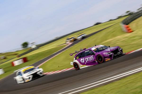 Raphael Campos em a\u00e7\u00e3o na Sprint Race