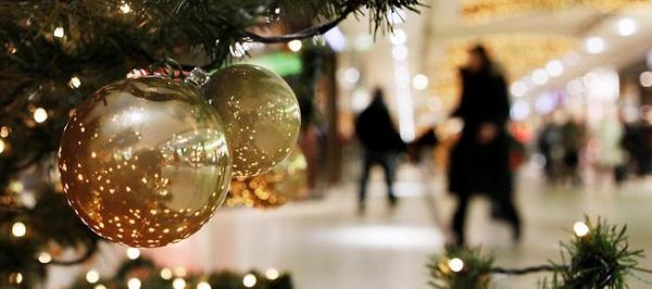 Quase um quarto dos trabalhadores devem usar 13º salário com presentes de Natal