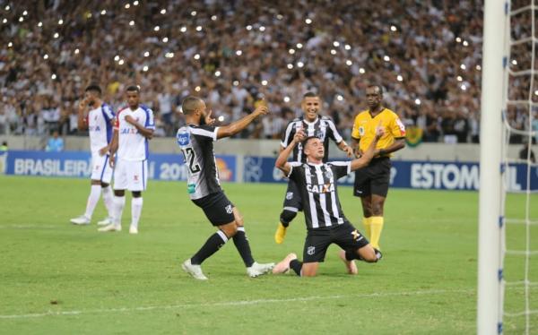 144661025dbb0 Paraná Clube perde para o Ceará e reclama da arbitragem - Bem Paraná
