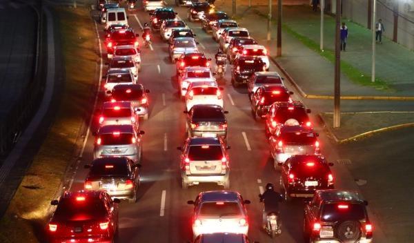Valor do seguro obrigatório, o Dpvat, cairá 63,3% em 2019. Carros vão pagar R$ 12