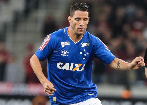"""""""Thiago Neves: um dos craques da sele\u00e7\u00e3o da Rep\u00fablica de Curitiba"""""""