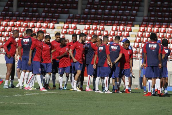 407fcdb86fb84 Paraná Clube já usou 42 jogadores no Campeonato Brasileiro - Bem Paraná