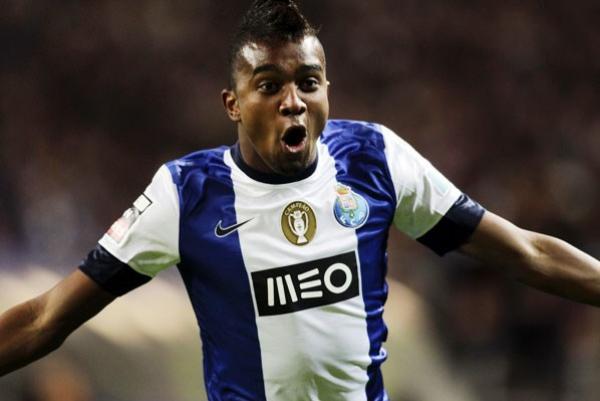 """""""Kelvin: 25 jogos pelo time principal do Porto"""""""