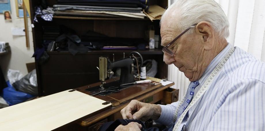 Ferdinando Nardelli: 83 anos de vida, sendo 68 anos na alfaiataria, dos quais 60 no Edifício Tijucas
