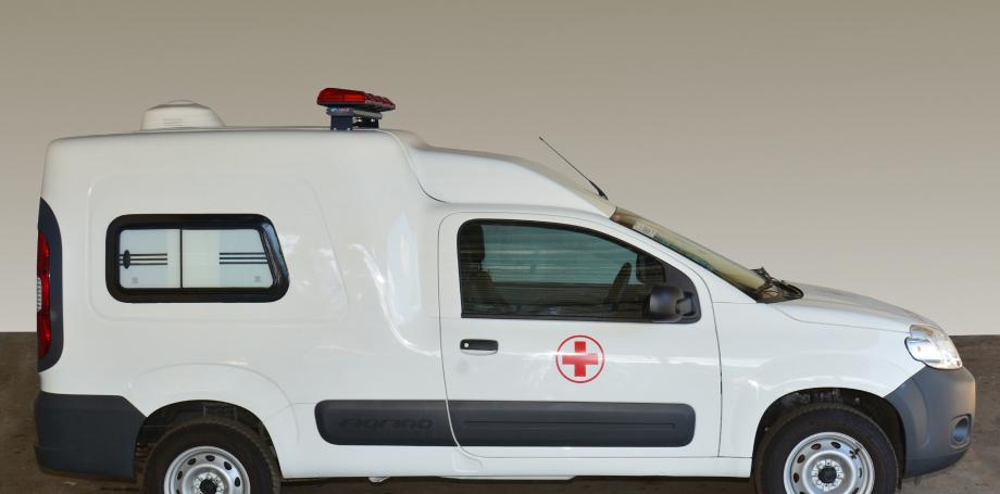 Fiorino versão ambulância custa R$ 33.500 a mais que o modelo normal