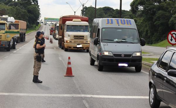 PRF e Ecovia durante ação da Serra Segura