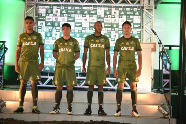 Coritiba x Chapecoense, veja os gols e os melhores momentos — Campeonato Brasileiro