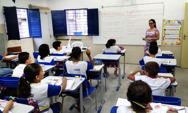 Para procuradora-geral, 'escola sem partido' viola o direito fundamental à igualdade de gênero