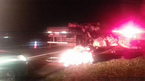 Acidente com carga perigosa bloqueia a BR-376 em Ponta Grossa
