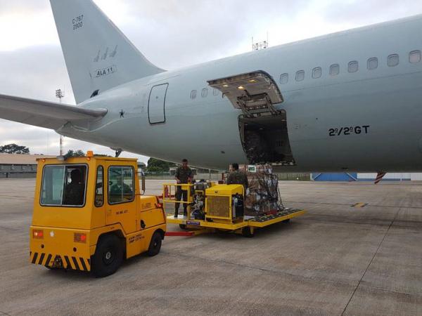 Avião da FAB com ajuda humanitária à Venezuela está em Boa Vista