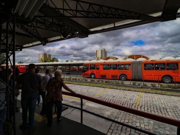 Tarifa de ônibus de Curitiba e região sobe a R$ 4,50 a partir da próxima quinta-feira