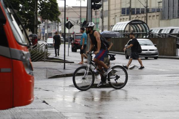 Acidentes com morte de ciclistas vinham em queda, mas voltaram a subir a partir de 2018 no Estado