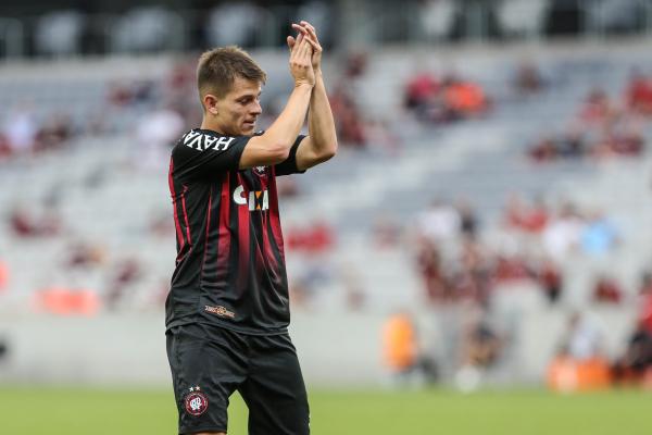 João Pedro: quatro gols e sete assistências pelo Paraná Clube em 2017