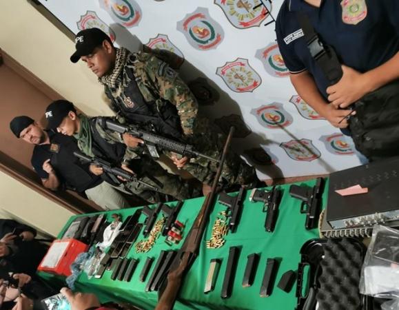 Armas apreendidas na operação, segundo Polícia do Paraguai