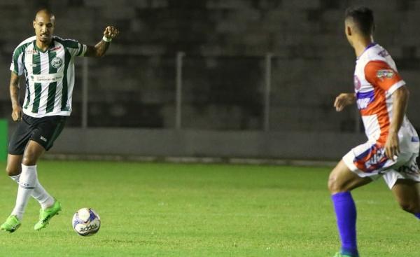 Alan Costa: gol bizarro