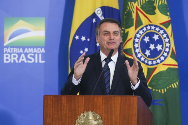 Bolsonaro: presidente terá que escolher sucessor de Raquel Dodge