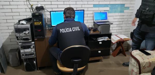 Imagem da ação da Polícia Civil contra a pornografia infantil desencadeada no dia 4 de setembro