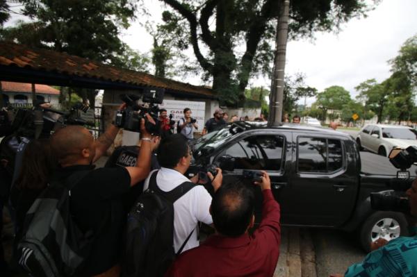 Defesa pede transferência de Richa do Complexo Médico de Pinhais. Veja vídeo de audiência de custódia