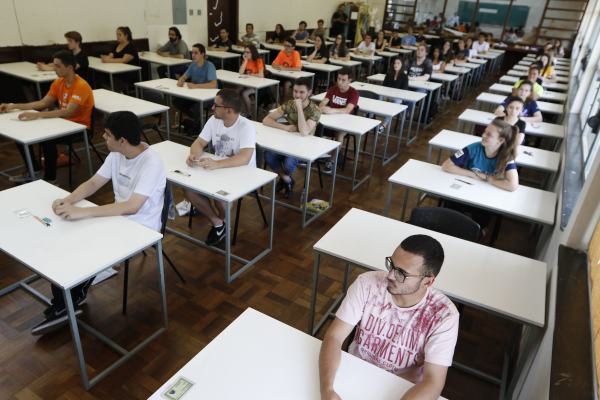 Vestibular com sala cheia: cada vez mais gente no ensino superior