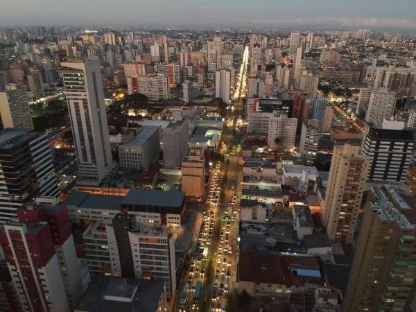 Cidade tem 27,5 mil hectares cobertos por construções, ruas e calçadas
