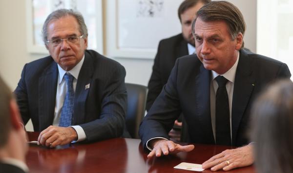 Guedes e Bolsonaro: ministro diz que deixa o cargo se reforma da previdência não for aprovada