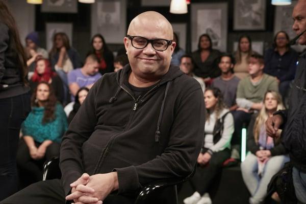 Welder Rodrigues, ator do 'Zorra', será uma das atrações do 'Que História é Essa, Porchat?', nesta terça-feira no GNT