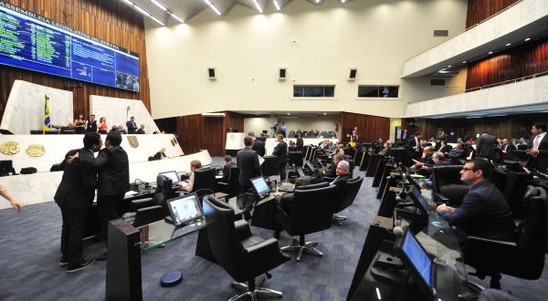 Assembleia: deputados acionaram órgãos de segurança para investigarem origem de mensagens