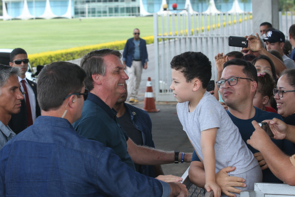 """Bolsonaro: """"Se não for possível, como eu pretendo, a gente não vai ter partido. Eu vou continuar sem partido"""""""