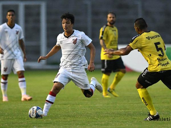 Athletico x FC Cascavel