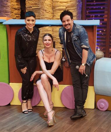 Trem da Alegria – Patricia Marx e Luciano Nassyn estarão nesta terça-feira, a partir das 22h45, no 'Luciana By Night' da Rede TV!