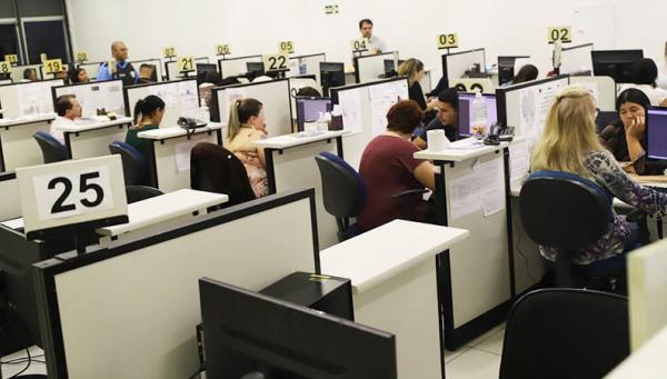 Paraná lidera ranking nacional de vagas nas Agências do Trabalhador